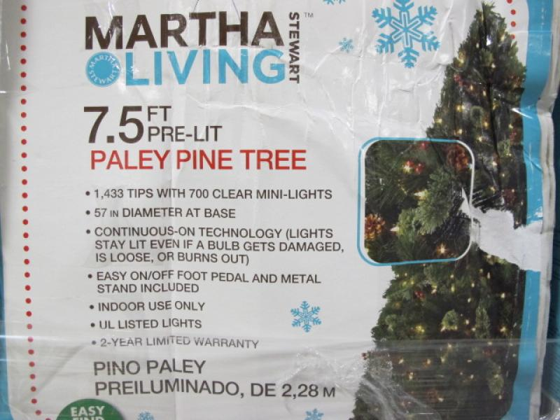 Martha Stewart Living 7 5 Ft Pre Lit Christmas Trees
